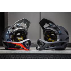 TLD - Stage helmet